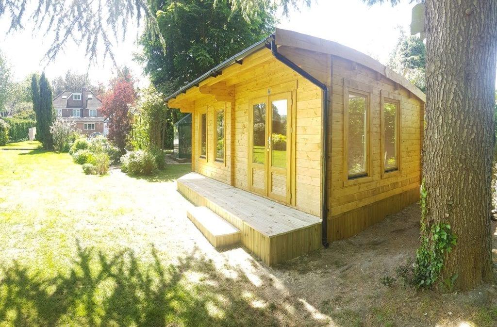 WEM041 6m x 3.5m log cabin